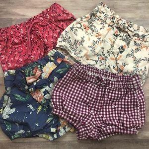 GAP 12-18 month bundle of 4 girls bubble shorts